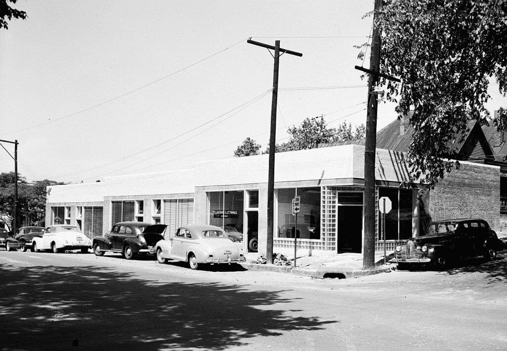 Techwood Drive Along The East Side Of Georgia Tech Campus In Late 1940s Photo Courtesy State University Library Digital Collection